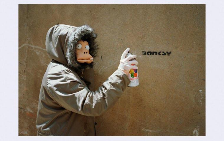 James Pfaff / Banksy Monkey Mask Session (Tag) London