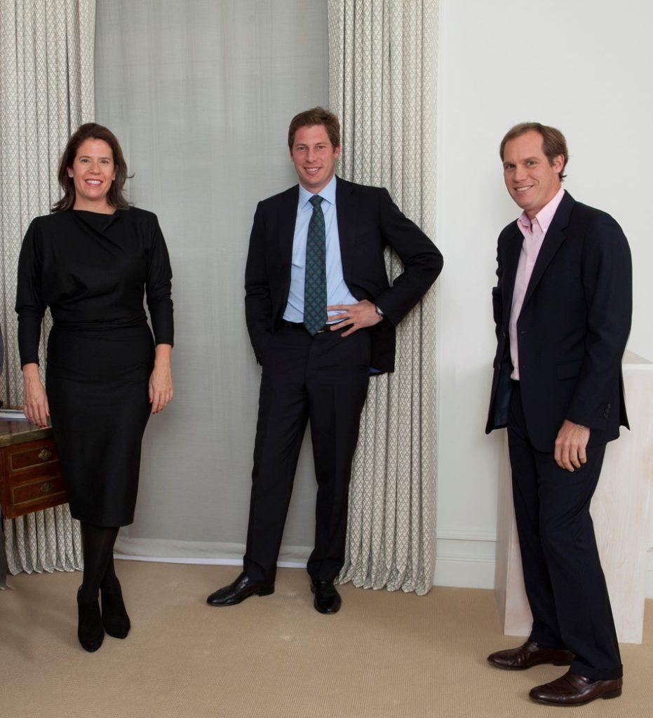 NFTプラットフォームMakersPlaceに関わるEleanor, Alexander, and Nicholas Acquavella 3名の写真